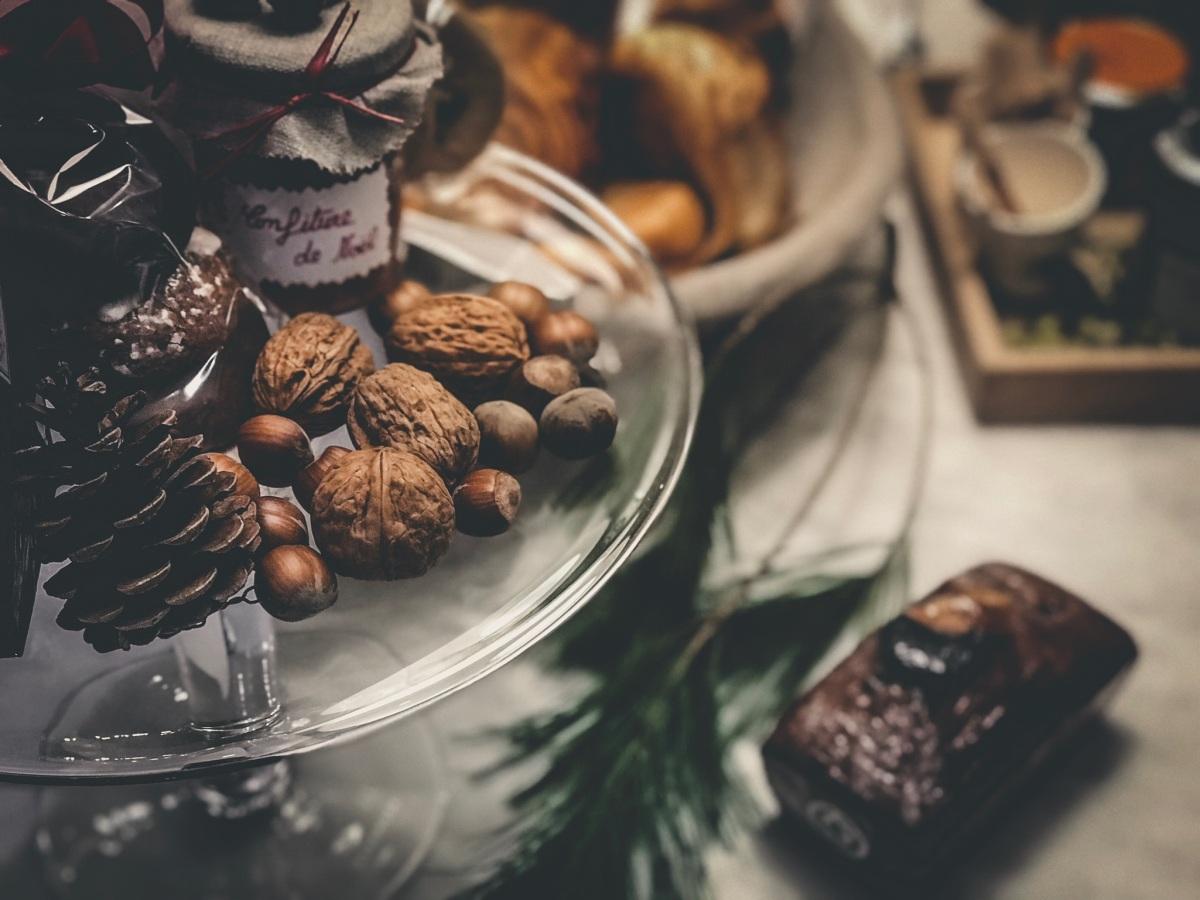 Christmas nuts in Paris